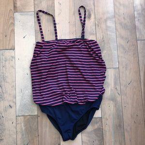 Lk NEW Gap Body Maternity swimsuit large